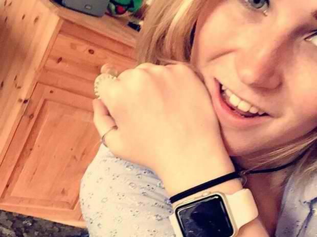 Apple Watch ajuta o femeie care nu poate auzi si vedea
