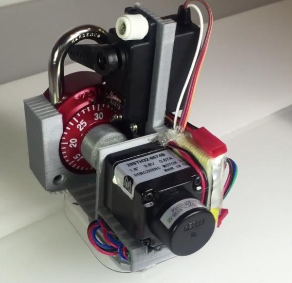 Robotul printat 3D care poate sparge incuietorile in 30 de secunde