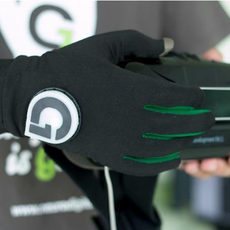 Manusile Gloveone cu care poti simti realitatea virtuala