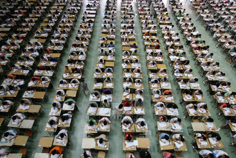 Noua arma impotriva elevilor din China care copiaza la examenul de admitere la facultate