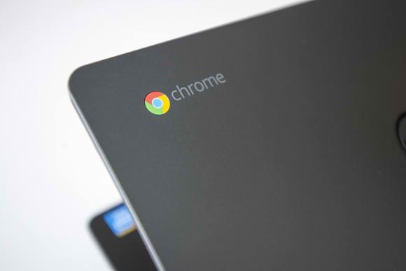 O demonstratie cu un Chromebook care integreaza un cip MediaTek