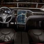 Soferii Tesla S au condus peste un miliard de mile