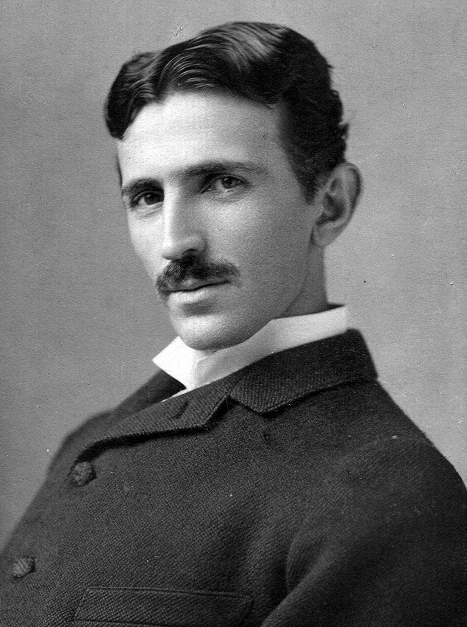 Aparent, smartphone-ul a fost prezis de Nikola Tesla in 1926