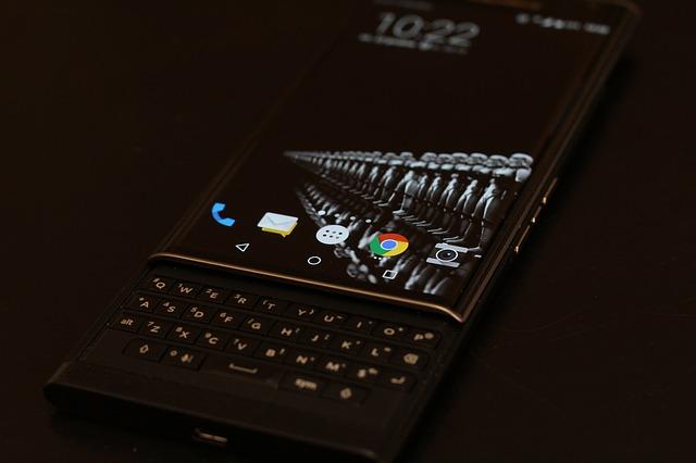 BlackBerry Companiile tehnologice ar trebui sa coopereze cu guvernul in ceea ce priveste intimitatea