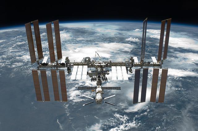 O echipa formata din 3 oameni a ajuns pe Statia Spatiala Internationala