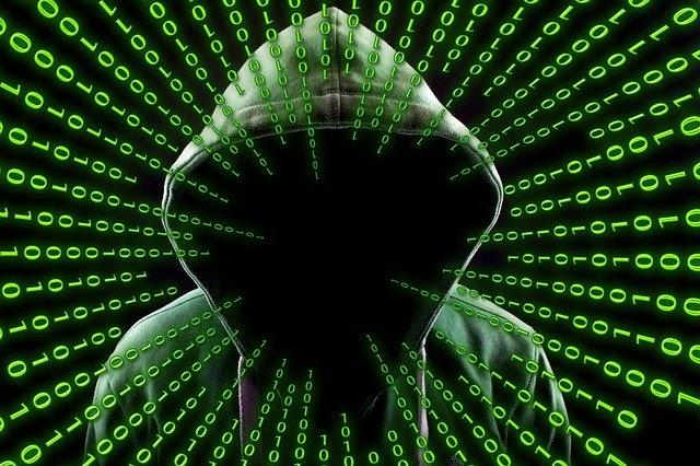 Politia din Regatul Unit ii sperie pe hackerii tineri