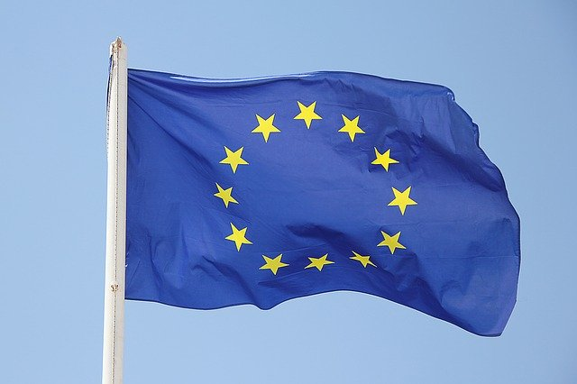 Google ar putea fi amendata cu 7,45 miliarde de dolari de Comisia Europeana