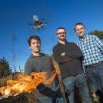 Aceste drone vor lupta la propriu cu focul cu ajutorul focului