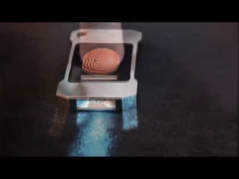 Aceasta lanterna este alimentata de caldura corpului tau