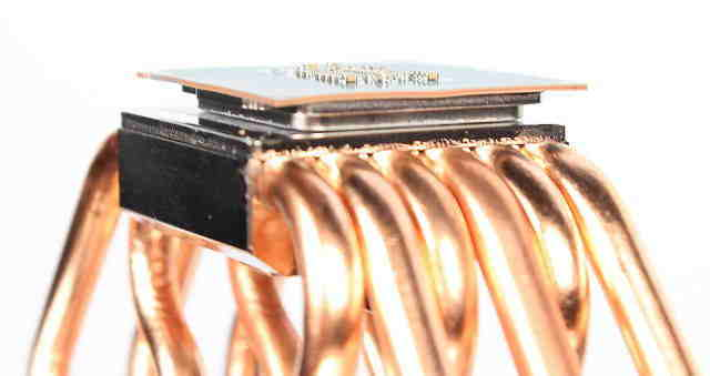 Coolerele de la terti aparent indoaie procesoarele Skylake ale Intel