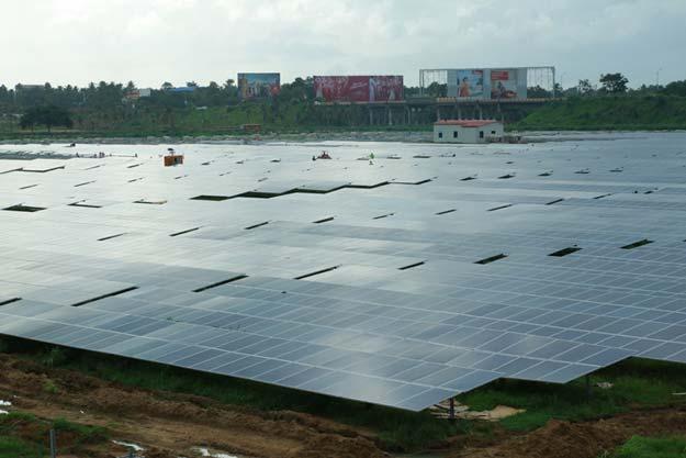 India dezvaluie primul aeroport din lume alimentat 100% de Soare