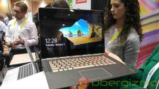 Lenovo Yoga 900S laptop de 12 inch si o greutate de 999 de grame