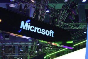 Microsoft se lauda ca are 669 000 de aplicatii in Windows Store