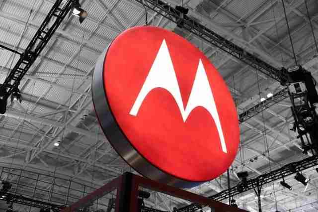 Motorola Droid Turbo 2 si Motorola Droid MAXX 2 au tehnologie nanocoating
