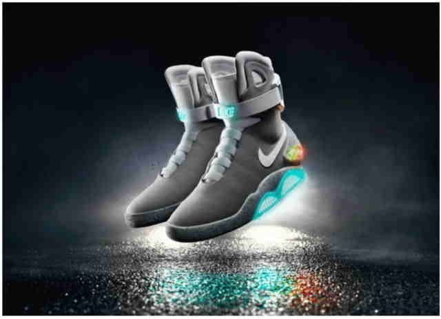 Nike va vinde adidasi Back to the Future care se leaga singuri la siret in 2016