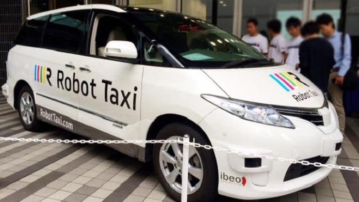 Primele incercari ale taxiurilor autonome din Japonia vor avea loc anul viitor