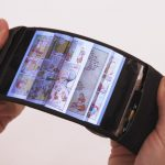 Smartphone-ul ReFlex - primul smartphone flexibil