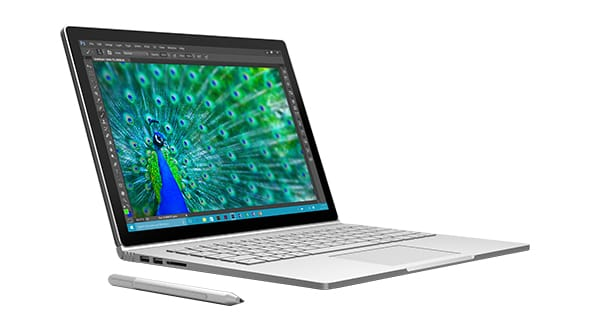 Surface Book este primul laptop al Microsoft