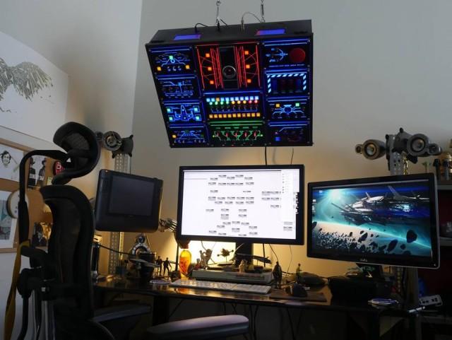 Un barbat si-a construit un panou de control pe deplin functional pentru calculatorul sau