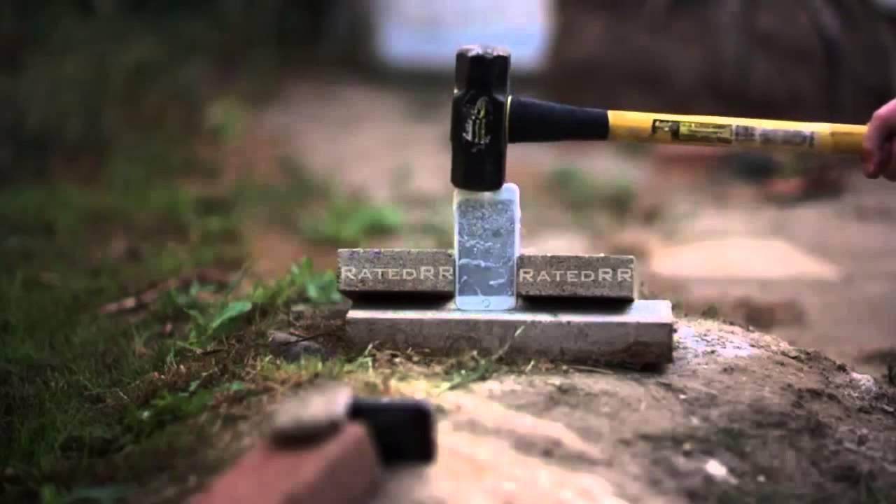 VIDEO iPhone 6s isi intalneste sfarsitul infiorator intr-un test cu nitrogen lichid