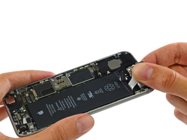 iPhone 6 cu celula de energie rezista o saptamana fara incarcare