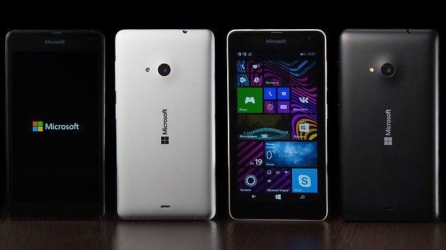 Lumia 525 hackuit pentru a rula Android 6.0.1 Marshmallow