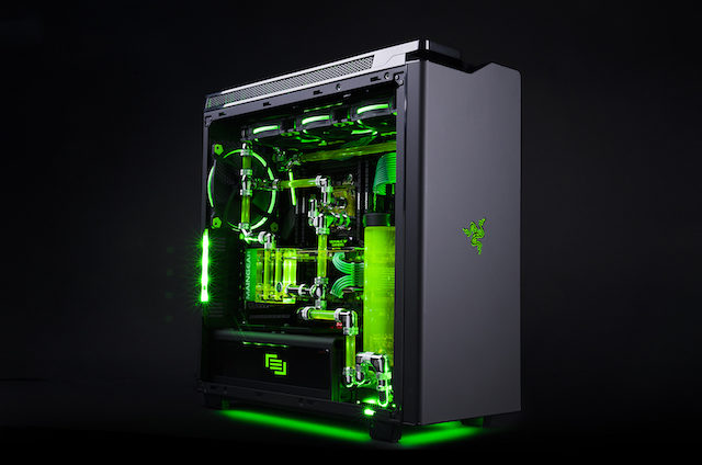 Maingear si Razer lanseaza PC-ul de gaming suprem