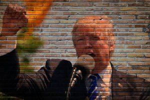 Donald Trump e atacat de niste nenorociti ordinari