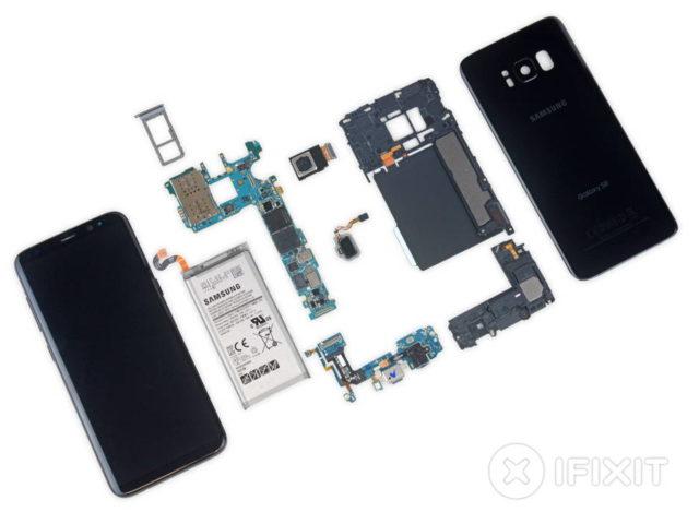 Galaxy S8 primeste nota patru pentru usurinta reparatiei