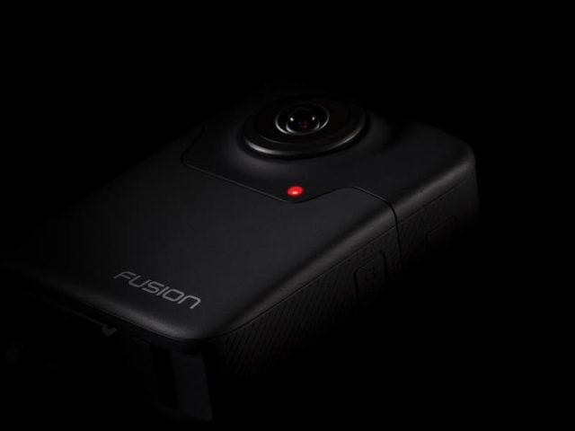 GoPro lanseaza camera GoPro Fusion care captureaza clipuri video VR la 360 de grade