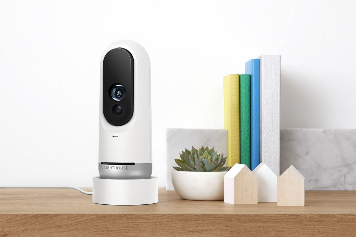 Lighthouse este o camera de securitate cu inteligenta artificiala pentru locuinte