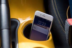 Solutia Nissan pentru soferii dependenti de smartphone este un blocator de semnal