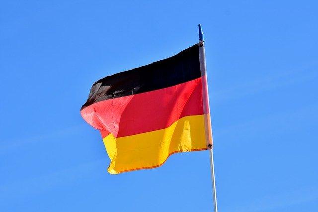 Germania vrea sa stocheze datele de navigare pe internet ale utilizatorilor, dar o Curte de Justitie spune ca incalca o lege a Uniunii Europene