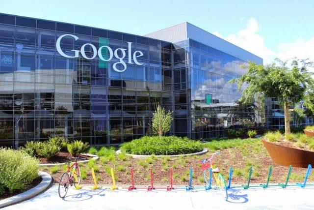 Google va inlatura dosarele medicale personale din rezultatele de cautare. La presiunea guvernelor, bineinteles.