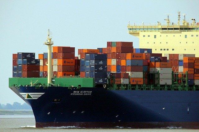 Japonia vrea sa lanseze nave cargo de marfa care pot naviga de unele singure