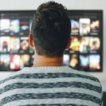 Netflix are mai multi abonati decat abonatii la cablu TV din Statele Unite