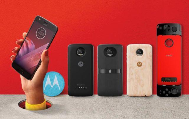 Smartphone-ul Moto Z2 Play a fost anuntat oficial cu noi Moto Mod-uri