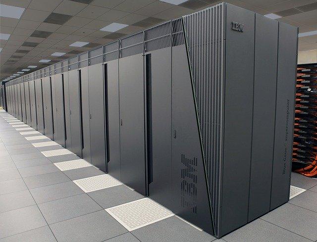 Statele Unite finanteaza giganti in tehnologie in eforturile de a construi supercomputere de urmatoare generatie