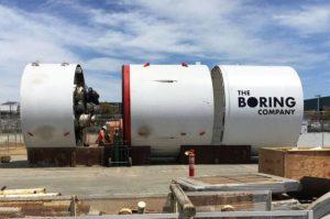 Elon Musk ne arata intr-un clip video forarea de tuneluri in actiune