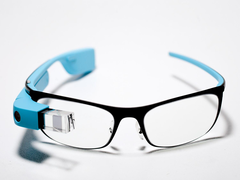 Noi dispozitive Google Glass s-au lansat, da nu sunt pentru tine