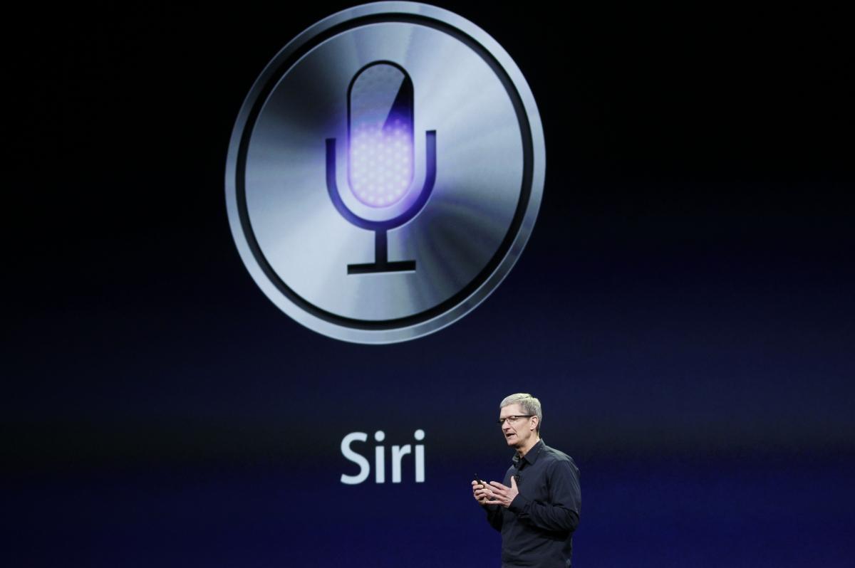 Printr-un studiu s-a descoperit ca cel mai popular asistent virtual pentru mobile este Siri, dar popularitatea sa e in descrestere