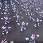 Acesti roboti au dansat in sincron pentru un record Guiness