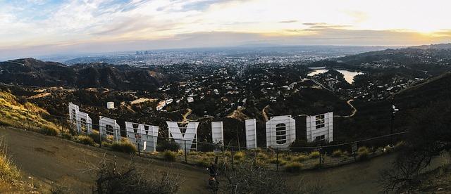 Hollywood-ul strica planurile companiei Apple privind strategiile sale pentru filme 4K