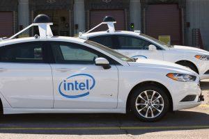 Intel dezvolta o flota de 100 de masini autonome