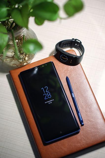 iPhone 8 VS Samsung Galaxy Note 8 intr-un test de viteza - care e mai rapid