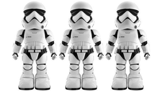 Acest Stormtrooper robot poate recunoaste fetele