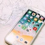 Apar mai multe cazuri de baterii umflate ale smartphone-urilor iPhone 8