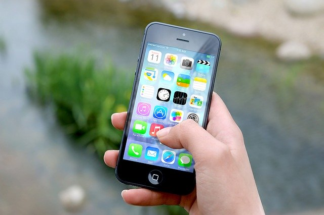 Apple i-a permis companiei Uber sa-ti inregistreze ecranul iPhone-ului, se pare