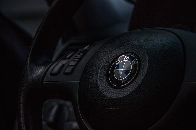 BMW investeste 240 de milioane de dolari pentru a construi baterii mai eficiente pentru masini