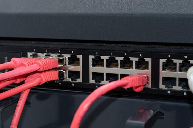 Furnizorii de internet avertizeaza ca pirateria ti-ar putea afecta aparatele smart de uz casnic